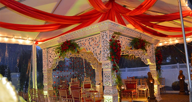 Contemporary Decor Ideas For A Low Budget Indian Wedding Glamorous