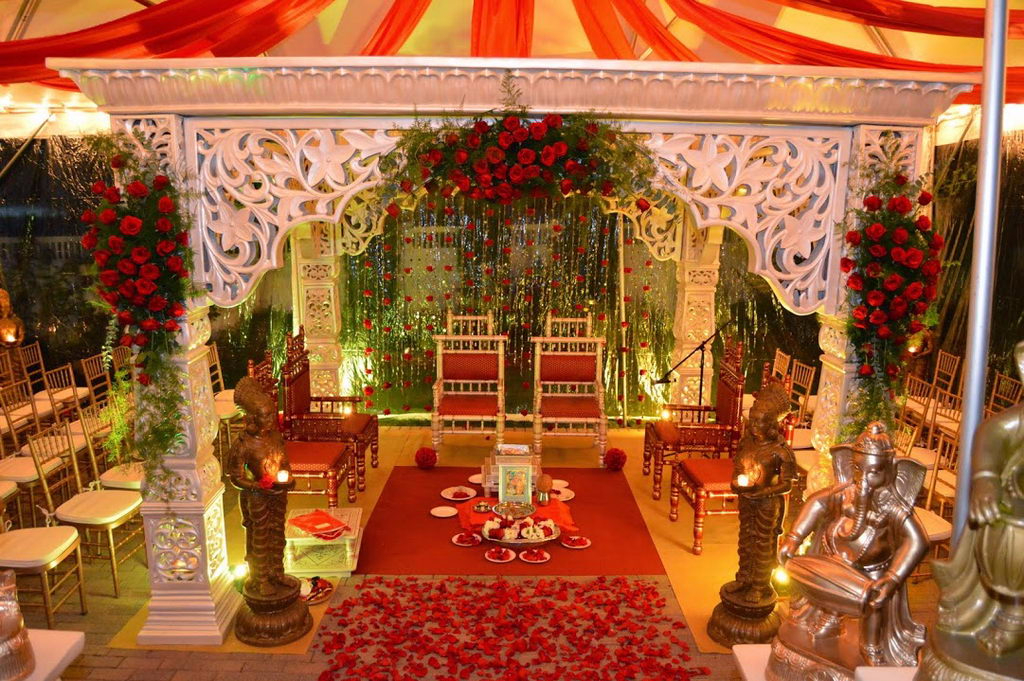 Red Rose Mandap wedding stage