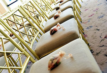 wedding chairs decoration ideas