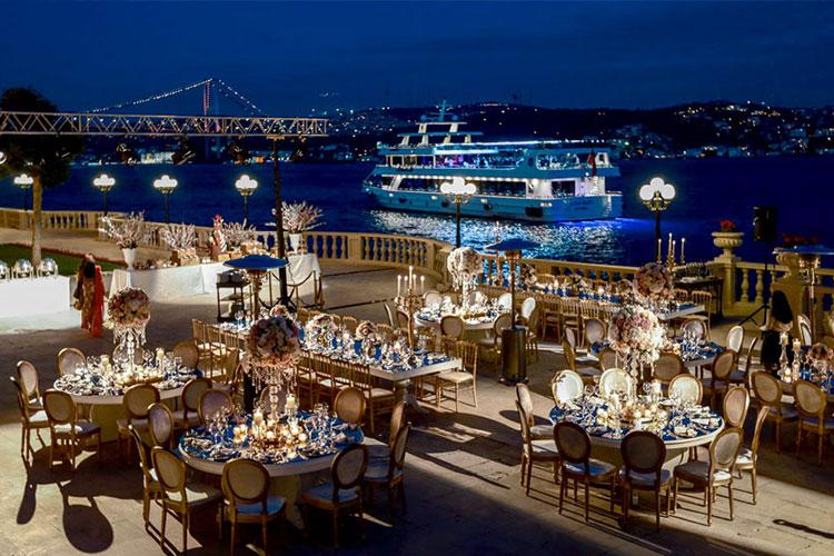 wedding celebration dinner at sea side